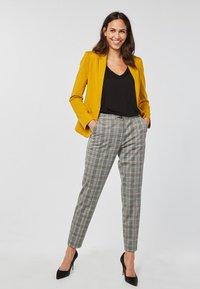 WE Fashion - Blazer - yellow - 1