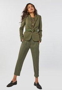 WE Fashion - Blazer - army green - 3