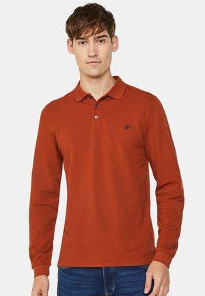 WE FASHION HERREN-POLOSHIRT AUS BIO-BAUMWOLLMIX - Poloshirt - rust brown
