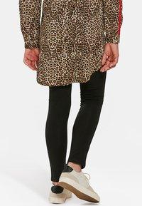 WE Fashion - MEISJES  - Leggings - Trousers - black - 2