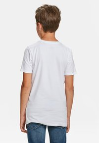 WE Fashion - WE FASHION JONGENS BASIC T-SHIRT, 2-PACK - Basic T-shirt - white - 3