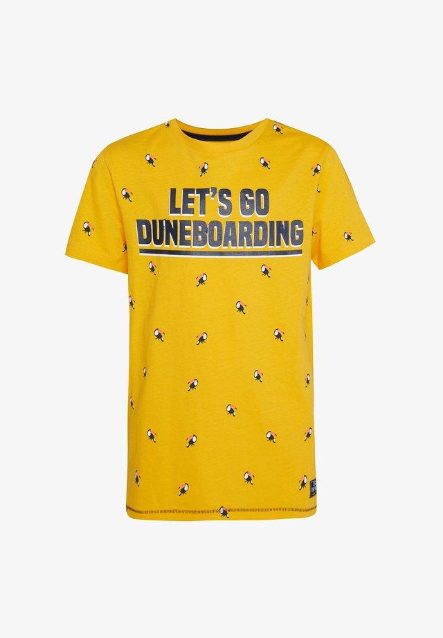 MET DESSIN EN TEKSTOPDRUK - T-shirt print - ochre yellow