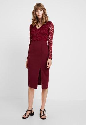 SLEEVE DRESS - Cocktail dress / Party dress - wine