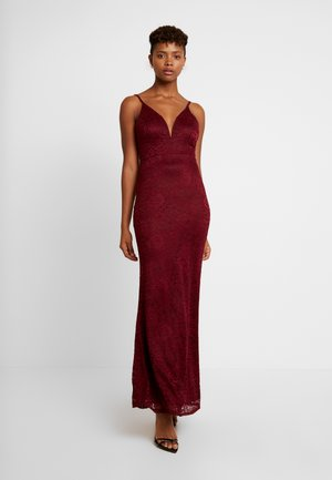 Occasion wear - wine