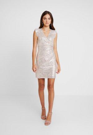 Sukienka koktajlowa - champange