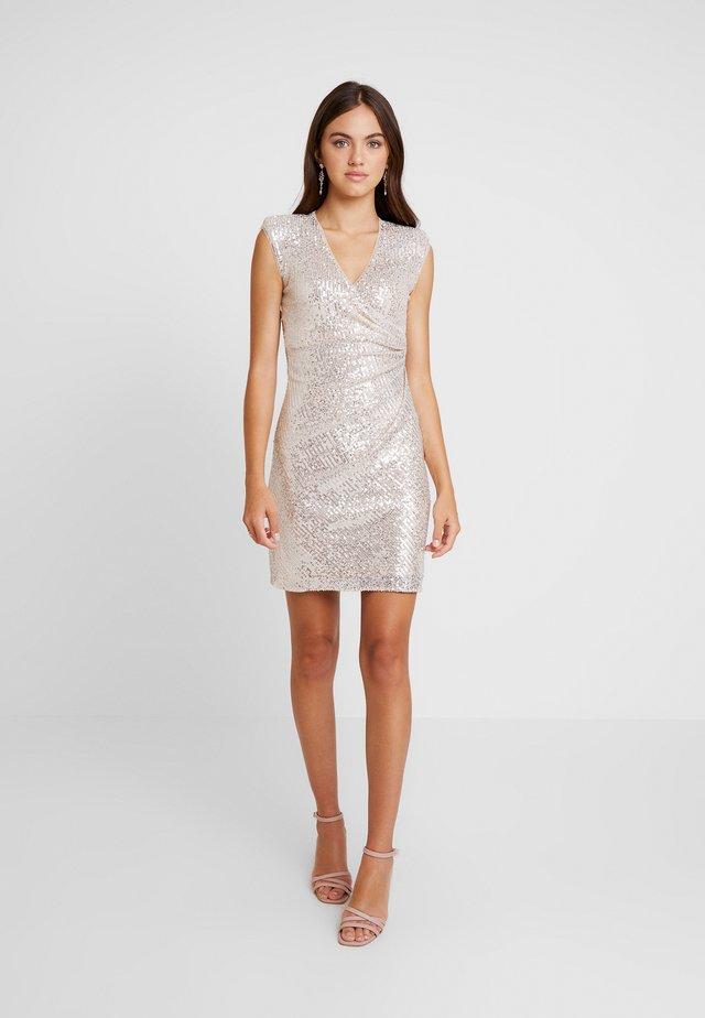 Koktejlové šaty/ šaty na párty - champange