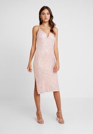 Vestido de cóctel - pink sequins
