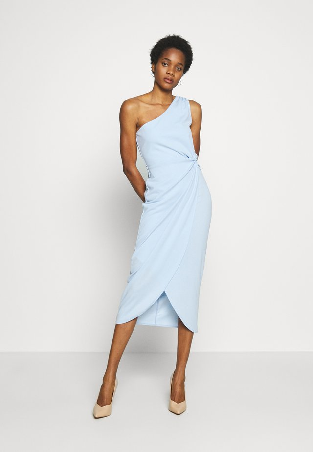 ONE SHOULDER MIDI DRESS WITH KNOT TIE - Pouzdrové šaty - baby blue