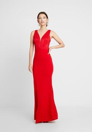 Festklänning - red