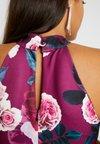 WAL G. - HIGH NECK SLEEVELESS MIDI DRESS - Robe fourreau - coral
