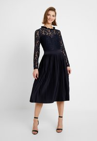 WAL G. - PLEATED MIDI DRESS - Cocktail dress / Party dress - navy - 0