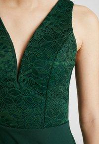 WAL G. - HIGH SPLIT MAXI DRESS - Galajurk - forest green - 6
