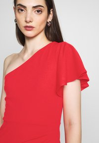 WAL G. - OFF THE SHOULDER LAYERD MAXI DRESS - Occasion wear - berry - 4