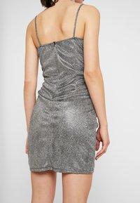 WAL G. - MINI PARTY DRESS - Shift dress - silver - 5