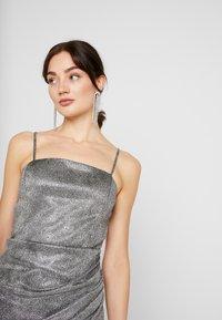 WAL G. - MINI PARTY DRESS - Shift dress - silver - 4