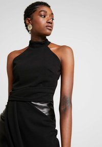 WAL G. - LAYERED HALTER KNECK DRESS - Denní šaty - black - 3