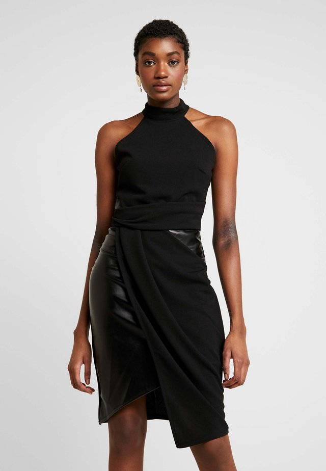 LAYERED HALTER KNECK DRESS - Hverdagskjoler - black