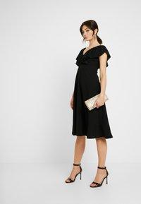 WAL G. - FLUTTER DRESS - Robe de soirée - black - 2