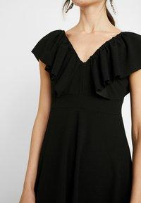 WAL G. - FLUTTER DRESS - Robe de soirée - black - 5