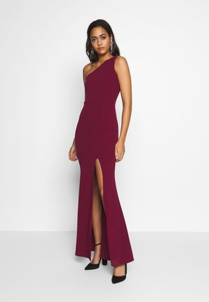 OFF THE SHOULDER FITTED SPLIT MAXI DRESS - Iltapuku - wine