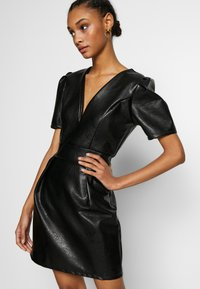 WAL G. - DRESS - Etui-jurk - black - 3
