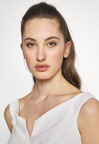 WAL G. - MAXI DRESS - Gallakjole - white - 3