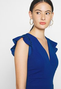 WAL G. - FRILL SLEEVE V PLUNGE NECK DRESS - Vestido de cóctel - cobalt blue - 2
