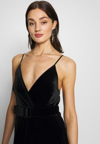 WAL G. - BELTED - Maxi šaty - black - 3