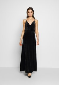 WAL G. - BELTED - Maxi šaty - black - 0