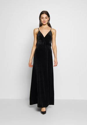 BELTED - Robe longue - black