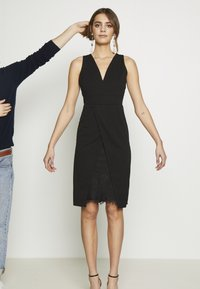 WAL G. - MIDI DRESS - Shift dress - black - 10