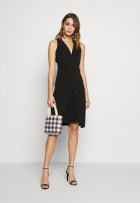 WAL G. - MIDI DRESS - Shift dress - black - 1