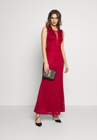 WAL G. - FULL MAXI DRESS - Vestido de fiesta - red - 1