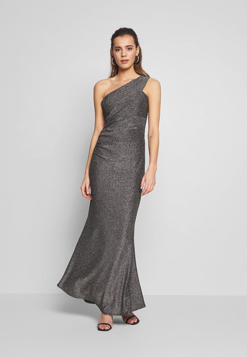WAL G. - RUCHED ONE SHOULDER DRESS - Vestido de fiesta - silver