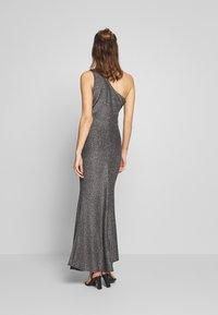 WAL G. - RUCHED ONE SHOULDER DRESS - Vestido de fiesta - silver - 2