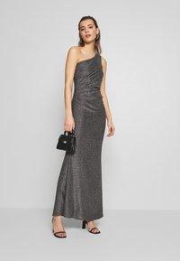 WAL G. - RUCHED ONE SHOULDER DRESS - Vestido de fiesta - silver - 1