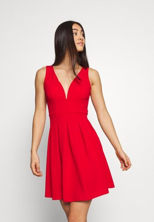 PLEATED SKATER DRESS - Cocktailjurk - red