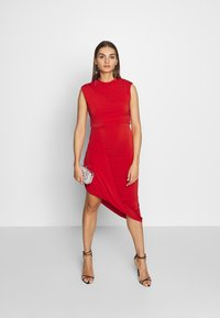 WAL G. - HIGH NECK MIDI DRESS - Cocktailkjole - red - 1