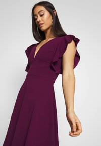 WAL G. - RUFFLE SLEEVE MINI DRESS - Cocktail dress / Party dress - plum - 4