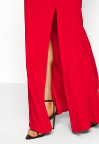 WAL G. - COWELL NECK MAXI DRESS WITH SLIT - Suknia balowa - red - 6