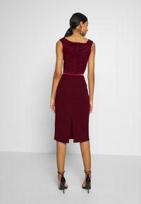 WAL G. - BARDOT BAND MIDI DRESS - Cocktailklänning - wine - 2