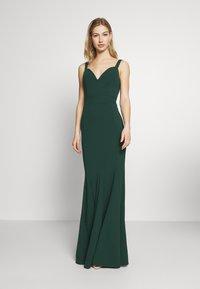 WAL G. - PLEATED MAXI DRESS - Ballkjole - forest green - 0