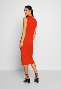 WAL G. - SIDE KNOT DRESS - Koktejlové šaty/ šaty na párty - red - 2