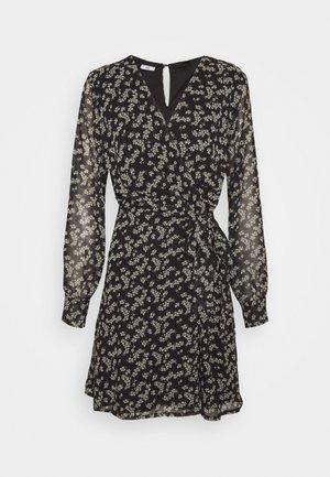 PRINTED WRAP DRESS - Day dress - black/white
