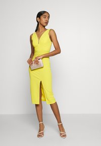WAL G. - V NECK MIDI DRESS WITH CUPS - Cocktailklänning - yellow - 1