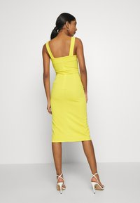 WAL G. - V NECK MIDI DRESS WITH CUPS - Cocktailklänning - yellow - 2