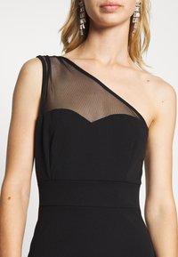WAL G. - ONE SHOULDER MAXI DRESS - Společenské šaty - black - 5
