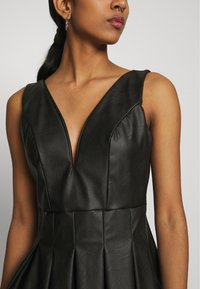 WAL G. - PLEATED SKATER DRESS - Vestito elegante - black - 6
