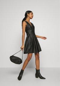 WAL G. - PLEATED SKATER DRESS - Vestito elegante - black - 1