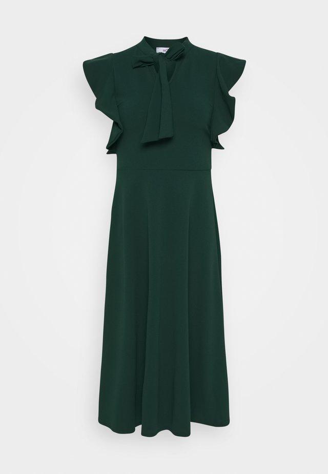 RUFFLE SLEEVE DRESS - Cocktailkleid/festliches Kleid - forest green